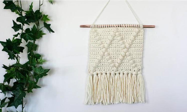 Boho Crochet Wall Hanging – Free Pattern