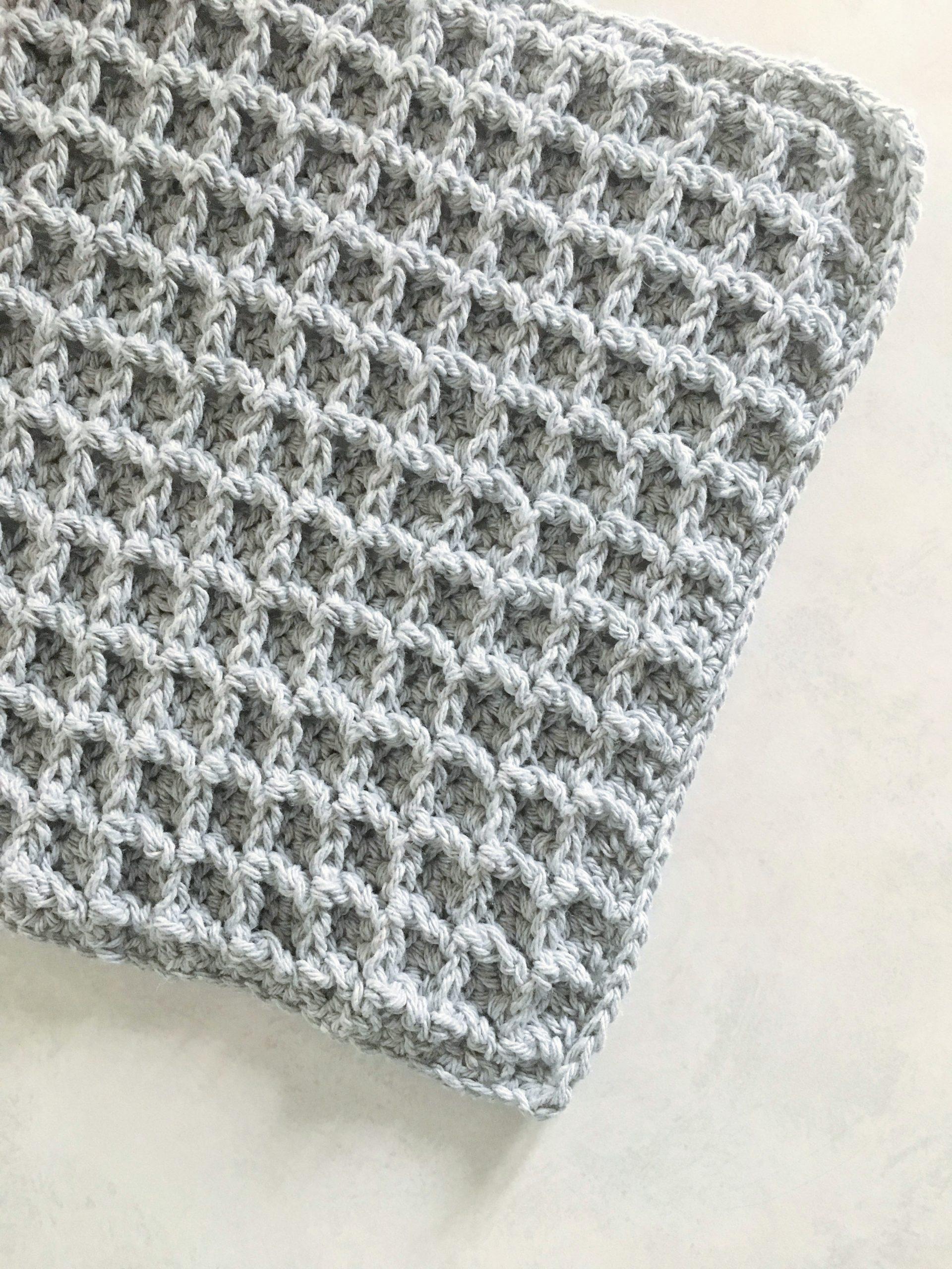 Crochet Waffle Stitch Washcloth – Free Pattern!