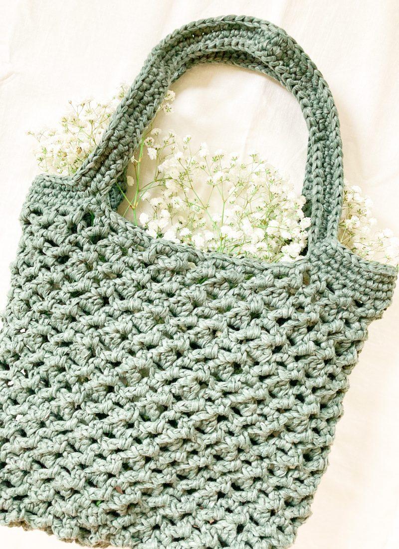 Crochet Mesh Market Bag Free Pattern | The Forêt Bag